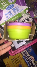 Replay bowl and plate set have 2 sets in Los Angeles, California