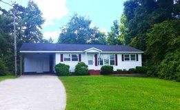 Remodeled 4 Bedroom Piney Green Area- Close to town in Camp Lejeune, North Carolina