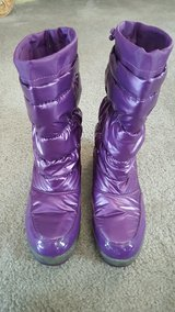 NEW LOW PRICE!-LIKE NEW Pair Of Women's Purple Thinsulate Boots/Goulashes By Falls Creek-(Size 8) in Kissimmee, Florida