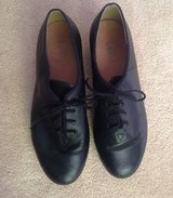Women's Bloch Tap Shoes Size 9 with Leather Sole and Leather Upper and Techno Taps in Bartlett, Illinois