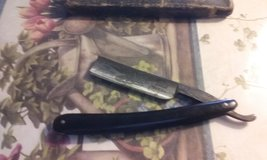Straight razor with box in Alamogordo, New Mexico
