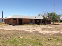 Commercial zoned building and land in Alamogordo, New Mexico