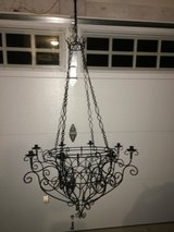 NWT Large Metal Candle Chandelier in Columbus, Georgia