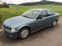 BMW 318 i 4 door Automatic sunroof, Inspection gurantees ! Nice Car ! in Hohenfels, Germany