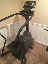 Lifefitness Stairstepper in Glendale Heights, Illinois