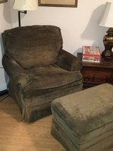 Havertys chair and ottoman in Perry, Georgia