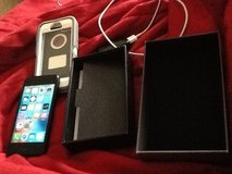 IPhone 5 ( Completely Unlocked) Excellent Condition in Hopkinsville, Kentucky
