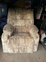 matching lazy boy rocker recliners in Temecula, California