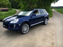 PORSCHE CAYENNE - 2010 Model-perfect shape in Hohenfels, Germany