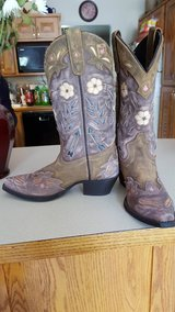 LAREDO Womens Boots NEVER WORN in Camp Lejeune, North Carolina