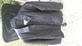 Mens Leather Jacket in Tyndall AFB, Florida