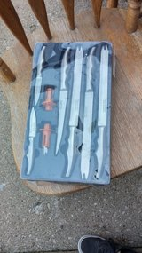 Set of 6 knives in Morris, Illinois