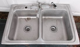 "7"" Deep double bowl kitchen sink with faucet and sprayer in Conroe, Texas"