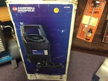 Campbell Hausfeld 60-Pound Siphon Feed Sand Blaster w/ Plastic Hopper  still in box in 29 Palms, California
