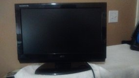 19 inch tv for sale in Fort Benning, Georgia