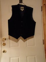 #OFCC BASIC EDITIONS SUEDE VEST  SIZE LARGE. BLACK. in Fort Hood, Texas