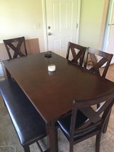 Dining room table set with 4 chairs & a bench in Fort Rucker, Alabama