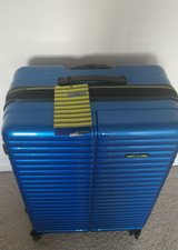 """New with tags REVO PIPELINE 30"""" BLUE EXP SPINNER LUGGAGE in Quantico, Virginia"""