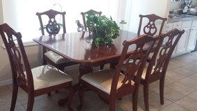 Dinning Table with 8 chairs. in Katy, Texas