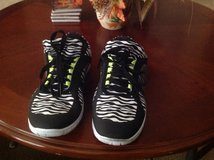 Ladies Athletic Walking Shoes in Biloxi, Mississippi