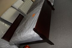 King sleigh bed with mattress set in Fort Knox, Kentucky