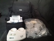New Ameda double breast pump in Fort Bliss, Texas