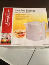Sunbeam Hot Pot Express 32oz in Batavia, Illinois