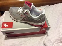 Kids size 7 gray/pink New Balance (BRAND NEW) in Beaufort, South Carolina