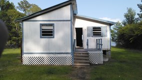 house(camp)to be moved*** trade for a truck*** in Leesville, Louisiana