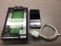 Apple iPhone 5 16GB & Mophie Juice Case (AT&T, Straight Talk, etc) in Alamogordo, New Mexico