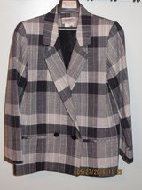 Ladies 6P Black Plaid, Fully Lined, Double-Breasted, 3-Season Blazer in Chicago, Illinois