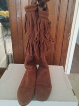 WOMEN'S BROWN BOOTS SIZE 7.5 in Fort Sam Houston, Texas
