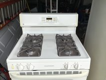 GE Gas Stove off white in Naperville, Illinois
