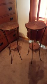 Pier 1 tables-set of 2 in Algonquin, Illinois