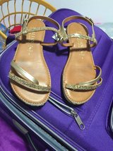 Girls: size 1 sandals in Ramstein, Germany