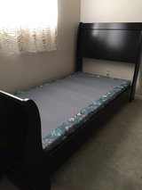Twin Sleigh Bed w/box spring in Fort Lewis, Washington