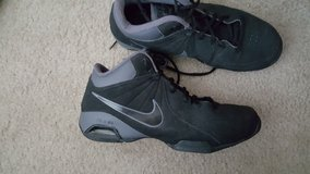 Nike shoes (size 9.5 mens) in Pasadena, Texas