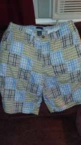 Mens Izod plaid shorts in Dickson, Tennessee