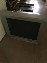 32 inch old school TV in Fort Polk, Louisiana
