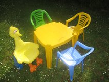 Kids chairs & table in Ramstein, Germany