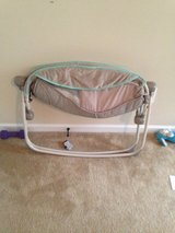 Baby rocking play sleeper in Jacksonville, Florida