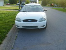 2005 Ford Taurus SE Very low Miles 31 K Only !!!!! in Fort Campbell, Kentucky