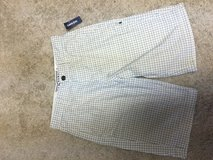 Old Navy Men's Board Shorts Sz 28 in Kankakee, Illinois