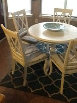 Dining Room Table With 5 Chairs in The Woodlands, Texas