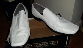Leather white Stacy Adams men's shoes, size 10. in Fort Eustis, Virginia