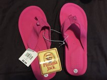 Women's fancy flops size 7/8 brand new in Camp Lejeune, North Carolina