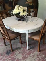 Dining table with 4 chairs---REDUCED TO $150 in Hinesville, Georgia