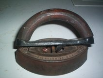 Vintage Colebrookdale Cast Iron Clothes Iron in Kingwood, Texas
