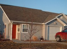 2003-built duplex with contemporary design, washer/dryer, and garage in Fort Riley, Kansas