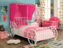 GIRLS CARRIAGE BED FREE DELIVERY in Huntington Beach, California